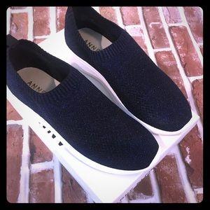 New Anne Klein tennis shoes, size 9